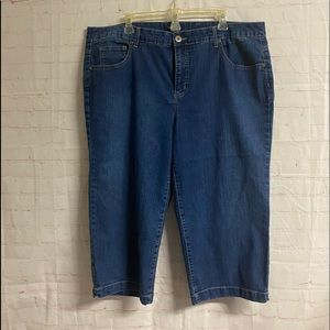 Bandolino Denim Capri Pants